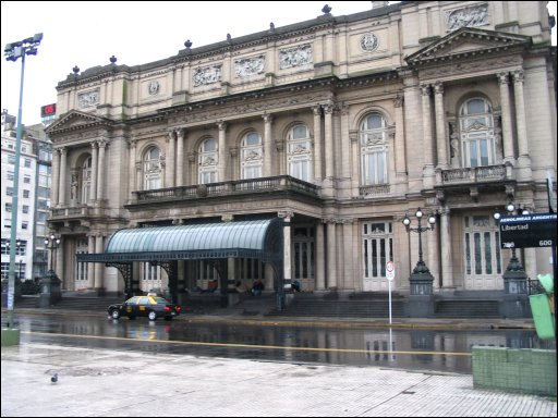 Photo of el Teatro Colon